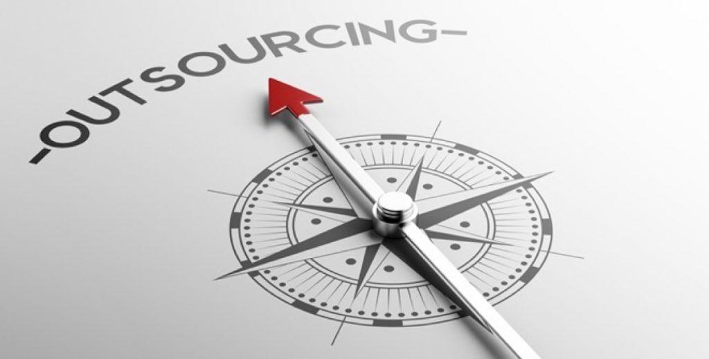 Terceirizar departamentos de Comunicação e Marketing pode economizar até 65%